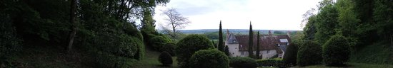 Chateau de Nazelles Amboise : View from our walk above the chateaux
