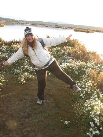 LAGUNA NIMEZ RESERVA NATURAL MUNICIPAL: Florcitas blancas en el extremo de la laguna 2
