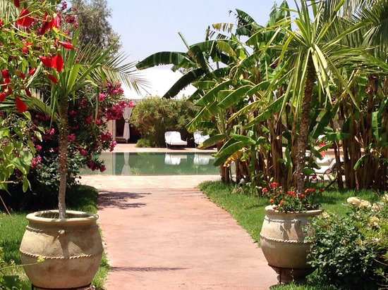 mini golf picture of les jardins d 39 issil marrakech tripadvisor. Black Bedroom Furniture Sets. Home Design Ideas