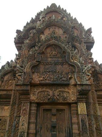Banteay Srei : More detail
