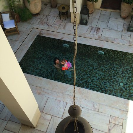 Riad Dixneuf La Ksour : View from the room (of wife and daughter)