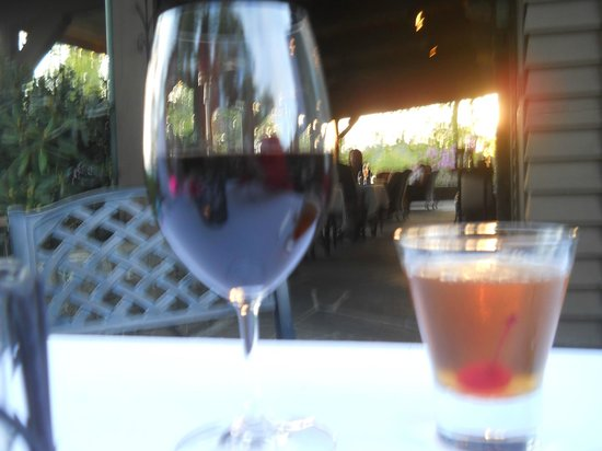 """The Restaurant at Gideon Ridge: Sunset, wine and """"The Old Master"""" at dinner"""