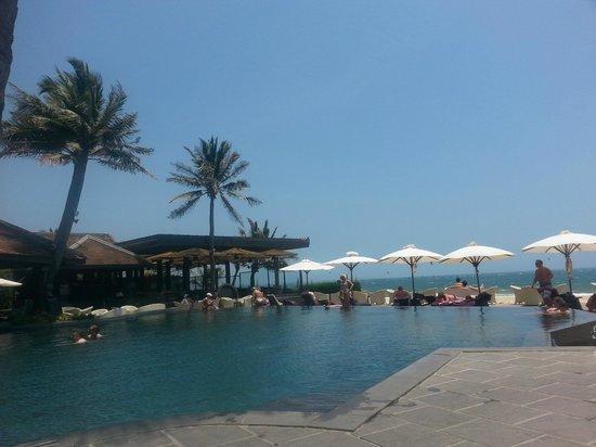 Anantara Mui Ne Resort: Pool Areal