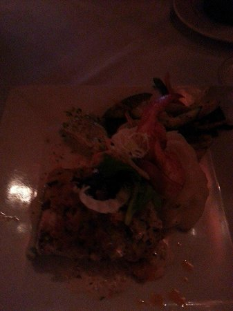 Collage Restaurant: Lobster crusted mahi