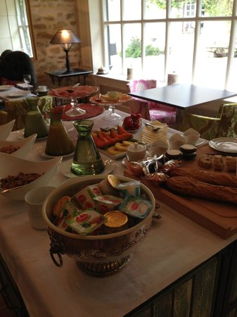 Chateau de Roussac : Enjoy our buffet breakast