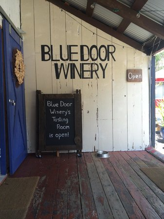 ‪Blue Door Winery‬