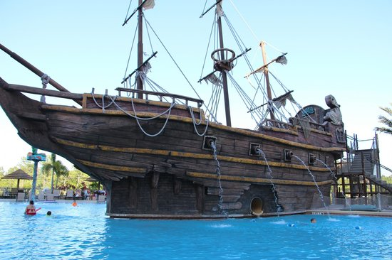 Lake Buena Vista Resort Village & Spa: Pirate Ship Pool Slide