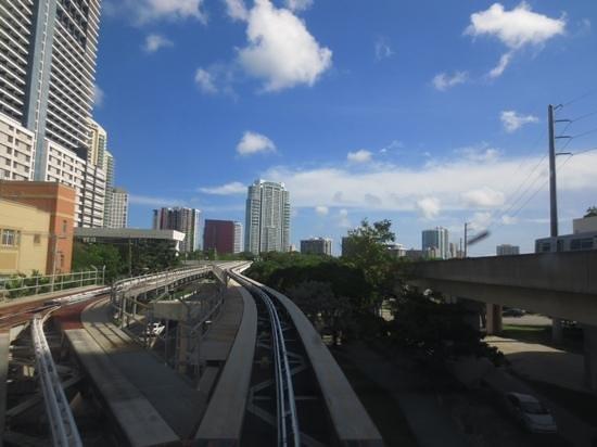 Metromover : view