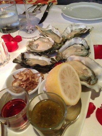 Feringgi Grill : Fresh oysters!