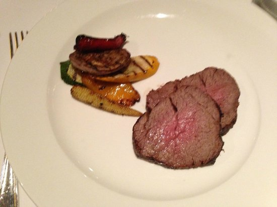 Feringgi Grill : The tenderloin, perfectly cooked!