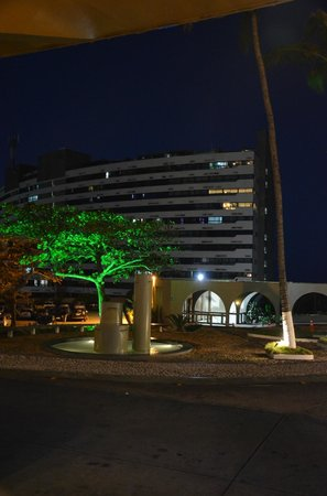 Bahia Othon Palace: Hotel vista noturna