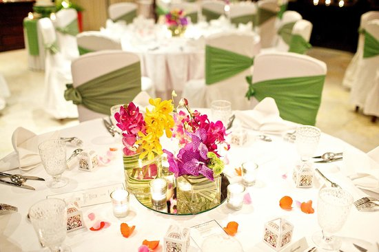 Rocky's Boutique Resort: Table set up