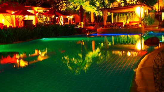 Rocky's Boutique Resort: Pool 1