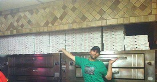 Dominick's Pizza: over 150 pizzas!