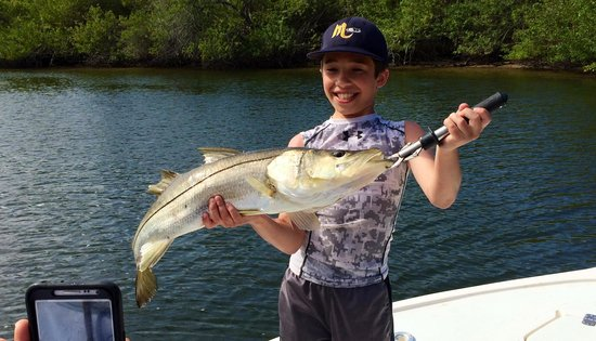 Tampa Fishing Charters: 32 inch Snook - catch of a lifetime