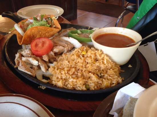Erick's Mexican Restaurant: Chicken Fajitas!!!   Grilled to perfection!