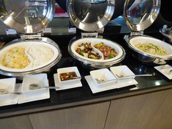 Mercure Bangkok Siam: 朝食-ホットミール