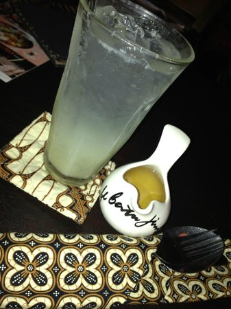 Cafe Batu Jimbar: Lime Juice