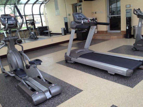 Best Western Sundowner : gym equipment upside down oops