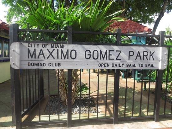 Domino Park: outside