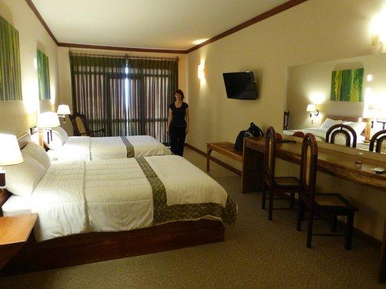 El Establo: Our room