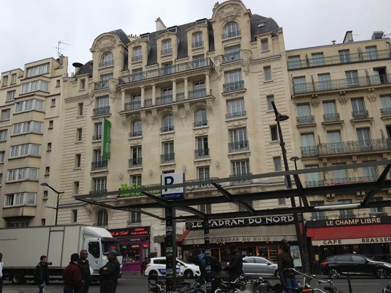literally opposite the gare du nord eurostar and metro picture of ibis styles hotel paris. Black Bedroom Furniture Sets. Home Design Ideas