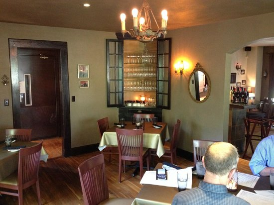 High Point Restaurant: Our dining room
