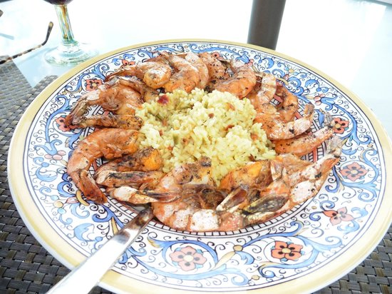 Arriba de la Roca: Grilled Shrimp Appetizer