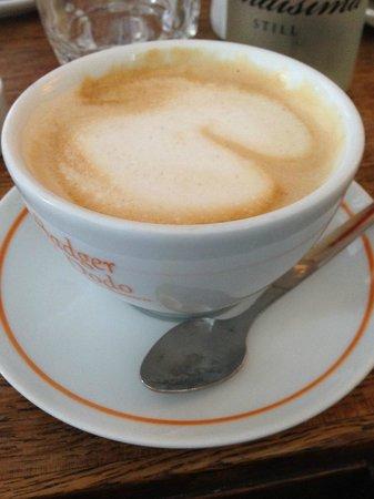 Ard Bia at Nimmo's: Delicious cappuccino
