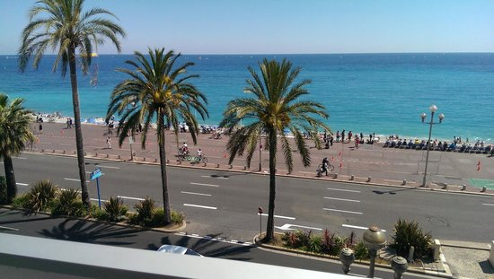 Mercure Nice Promenade des Anglais : view from Rm. 322