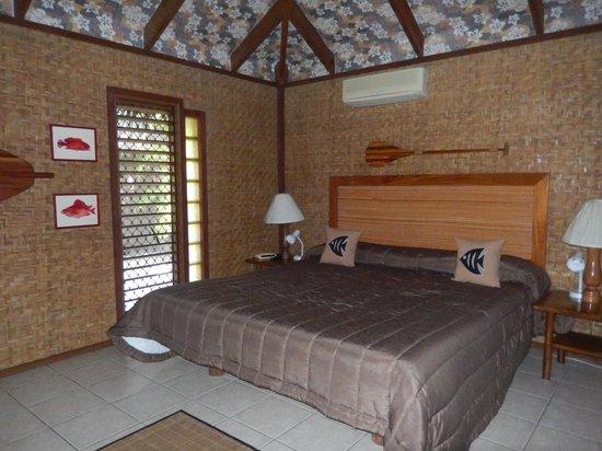Rarotonga Beach Bungalows: Bedroom