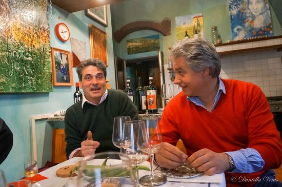 Wine Tours with Italy and Wine : Artist and Sommelier