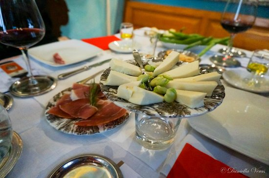 Wine Tours with Italy and Wine : Wine Tasting Food