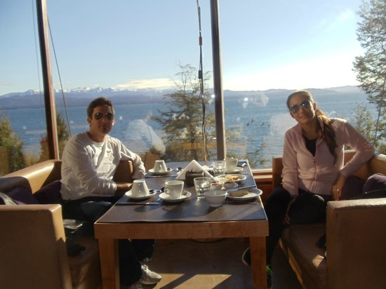 Design Suites Bariloche : desayuno