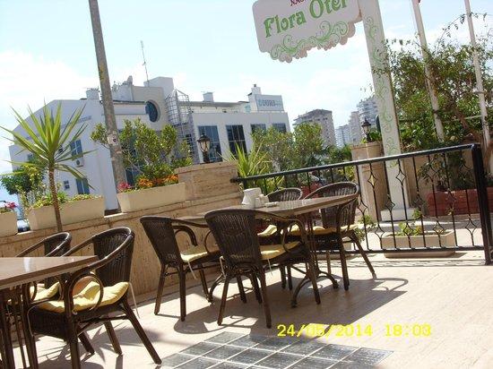 Nasa Flora Hotel : Бар
