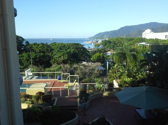 BreakFree Royal Harbour Resort: view of Cairns Harbour from our apartment