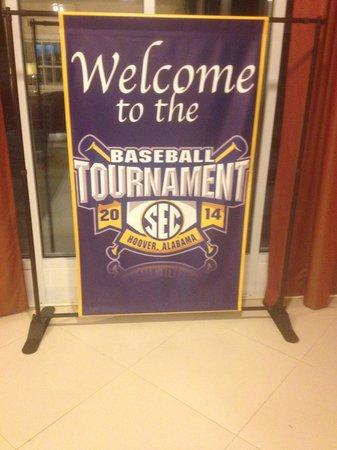 Holiday Inn Birmingham-Hoover : The Holiday Inn welcomed SEC baseball fans nicely!