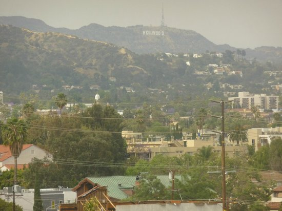 Sofitel Los Angeles at Beverly Hills: You can see the Hollywood Sign from some rooms