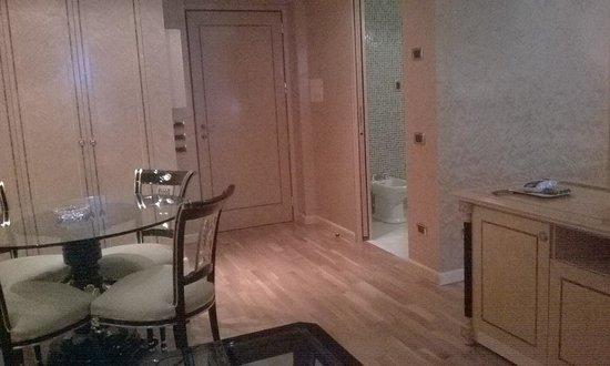 Grand Hotel Del Parco: Suite 305