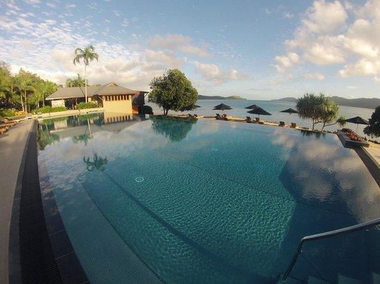 Qualia Resort: Fantastic pool at Pebble Beach