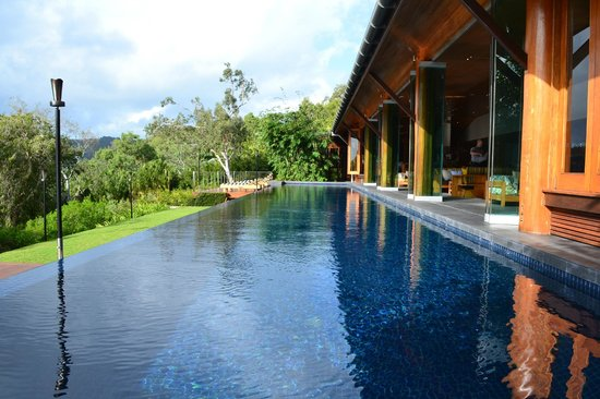Qualia Resort: Lap pool at Long Pavilon