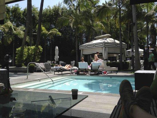 Viceroy Santa Monica: Poolside
