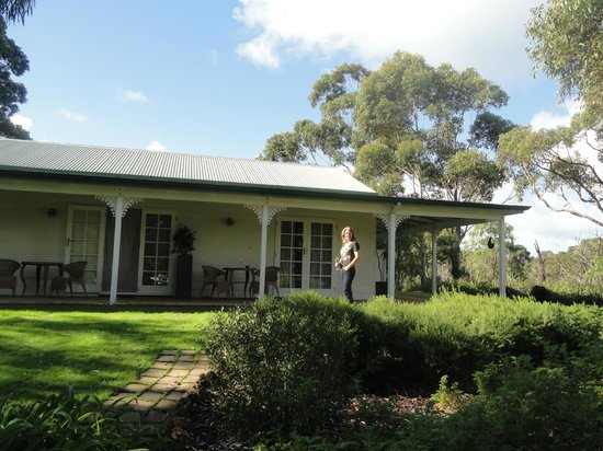 Llewellin's Guest House : Spa room on the end of verandah