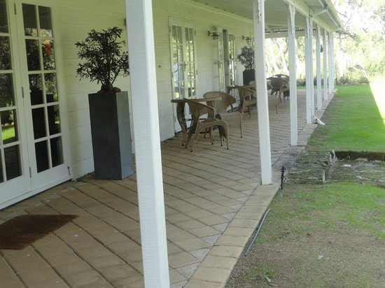 Llewellin's Guest House: Verandah and 3 rooms