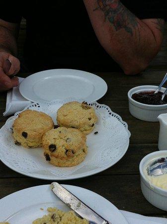 Giddy Aunt's Tearoom: Freshly baked