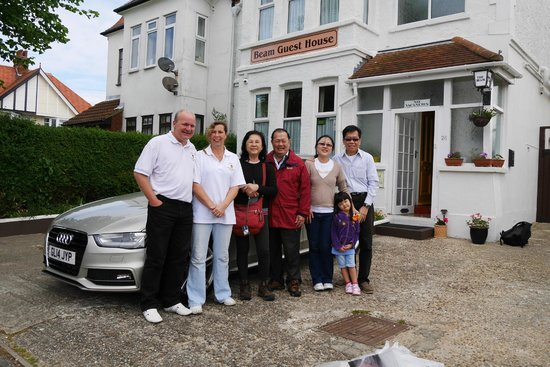 Beam Guest House: A Photo with Les & Jenny