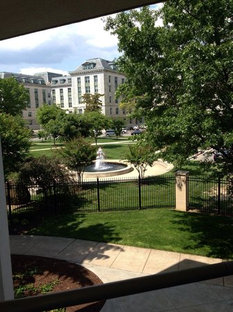 U.S. Naval Academy: Fountain outside gym