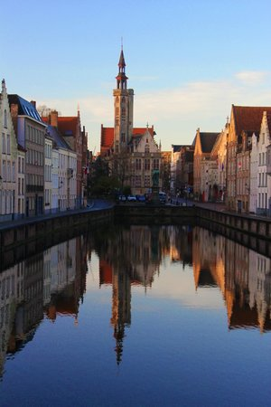 Your Bruges Tours: The Jan van Eyck square, one of the stops.