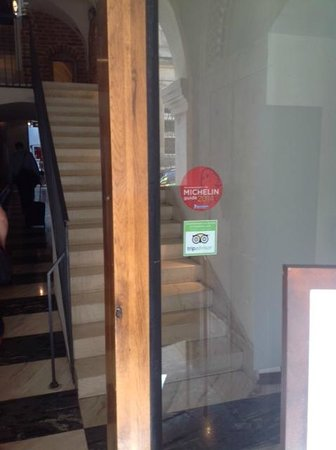 Hotel Stary: Entrance / door