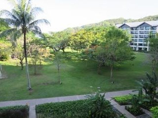 Shangri-La's Rasa Ria Resort & Spa: Garden View